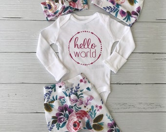 2c6322915779 Coming home outfit   newborn baby outfit   hello world outfit   baby girl  outfit   floral   modern baby outfit