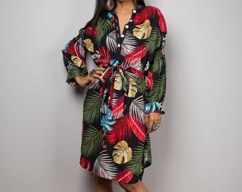 Summer dress with tropical print and long sleeves.  Short colourful dress.