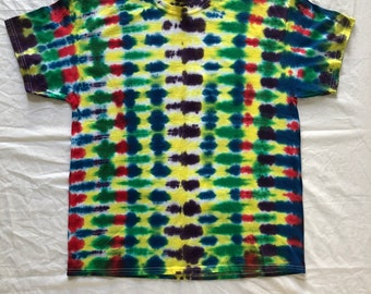 Size XL colorful accordion style tie dye t-shirt
