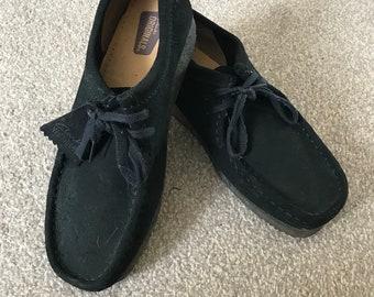 Clark's mochissons suede shoes