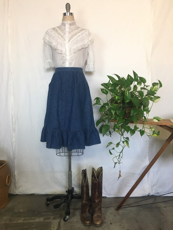 Romantic high collar ruffle lace Gunnies blouse