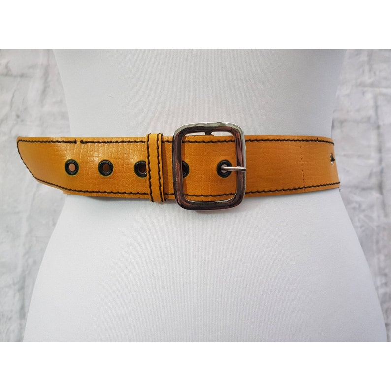 Vintage Faux Leather Mustard Yellow Ladies Belt 1.5 Inch Wide image 0