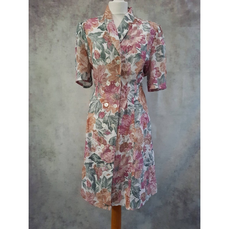 Vintage Handmade Floral Print Double Button Short Sleeve image 0