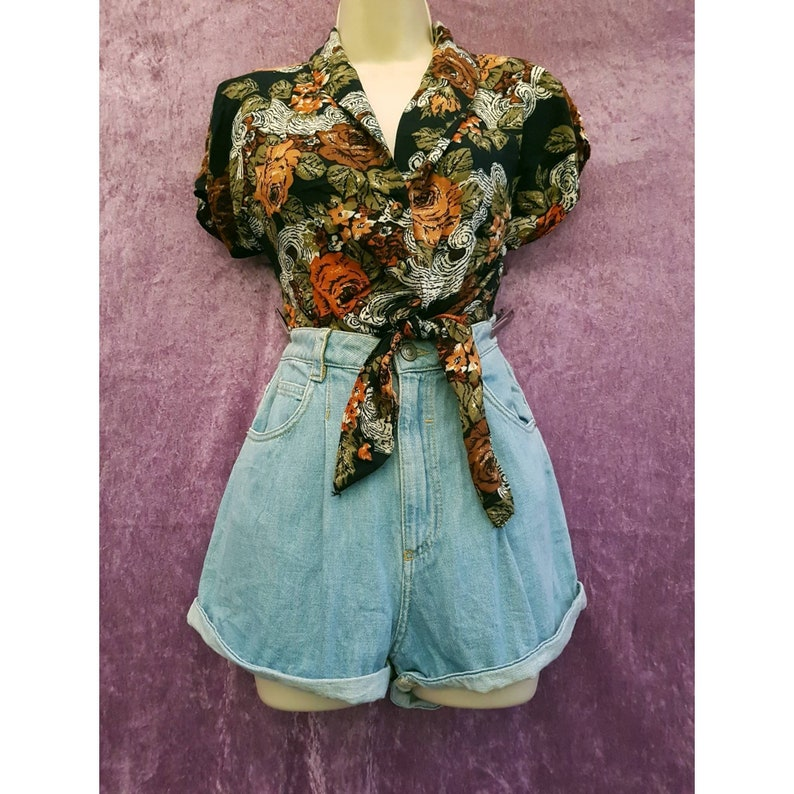 UK 10 Vintage Bershka Denim Collection Morrocan High Waisted Light Blue Denim Turn-up Shorts