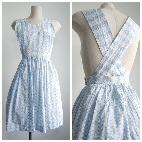 Vintage 1940s Fair Isle Floral Pale Blue and White