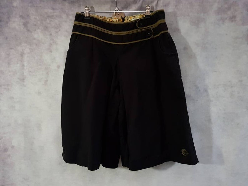 Vintage Skunkfunk High Waist Black and Khaki Green Trim Cotton image 0
