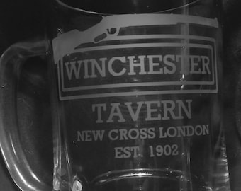 Shaun of the Dead inspired Winchester Tavern etched glass