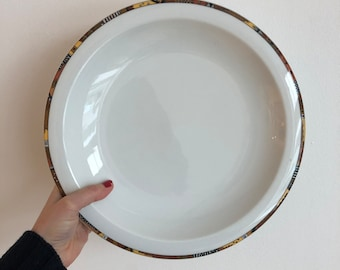Large dish of Swiss Collection Langenthal Model Pierrot N2 numbered signed