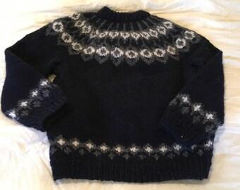 Handmade Icelandic wool sweater men's large