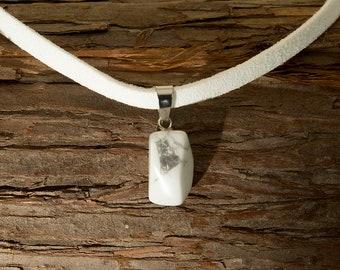 White Quartz Stone Choker