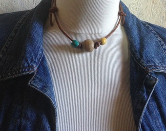 Necklace leather and wood