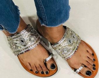 ae26ea51be996 Silver Embellished Kolhapuri Chappals