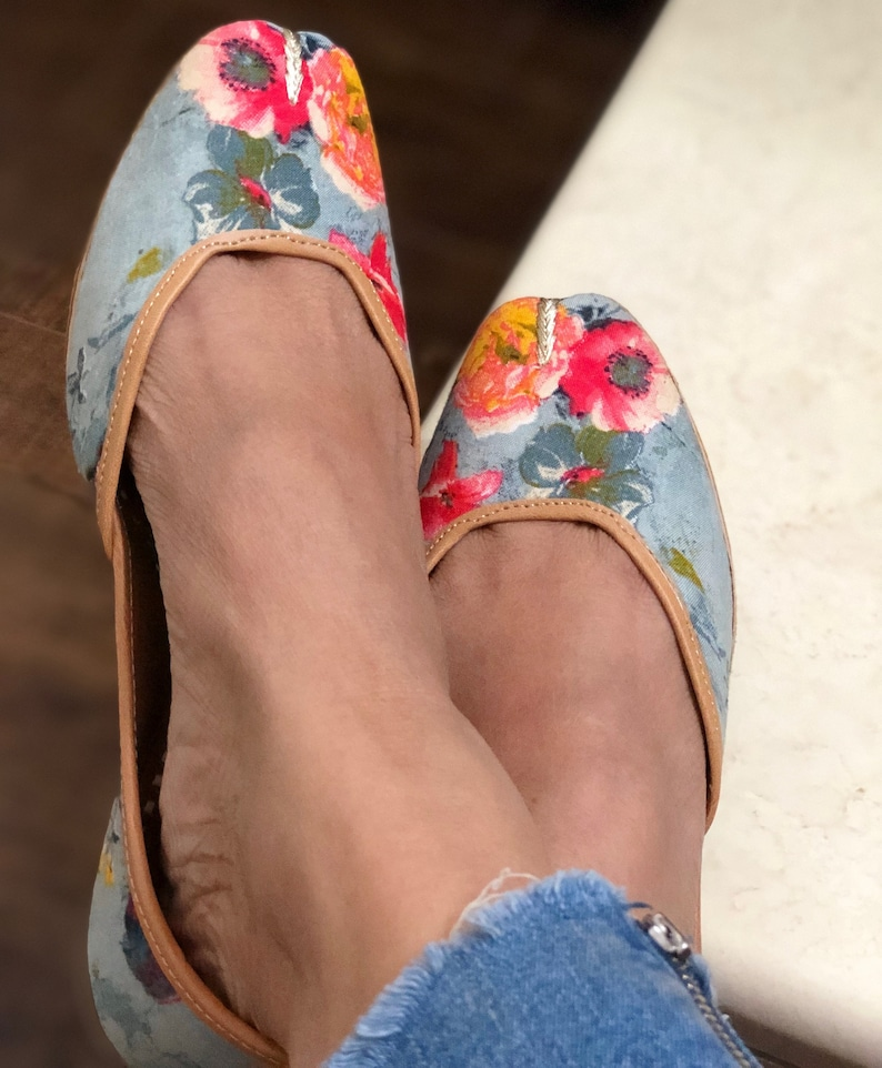 7821483a3cf7d1 Grey and red Floral printed shoes women jutti Indian Ethnic