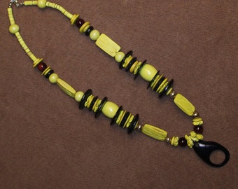 Coconut wood, wood and plastic necklace