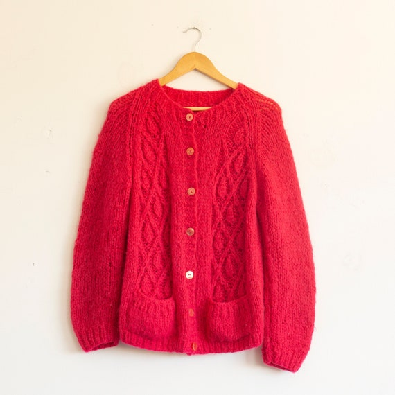 vintage 1960s pink hand knit wool sweater | cardig