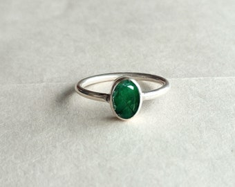 Natural Emerald Silver Ring, handmade ring, 925 solid sterling silver ring,gemstone ring, stone ring, Faceted emerald oval shape silver ring