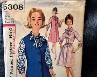 Vintage 1960s-era Simplicity Pattern 5308 One-Piece Dress or Jumper