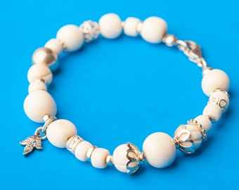 Bracelet made of bone and silver