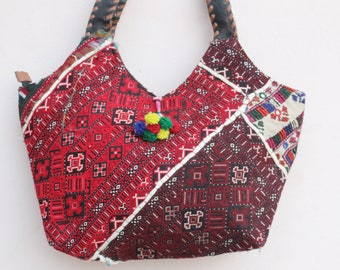 7cc2781191 Vintage Banjara Tote Bag Handmade Tussles Work Shoulder Bag Ethnic Banjara  Hand Bag Patchwork Gypsy Hobo Bag Indian Women s Shopping Bag