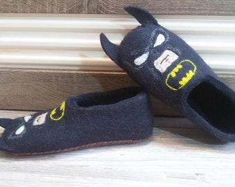 "Felted Slippers ""Batman"""