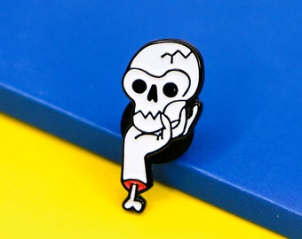 Poor Yorick- Enamel Pin / Enamel Lapel Pin- 1 inch / Teacher Gift / Hamlet Pin / Skull Enamel Pin / Goth Accessories / Subtle Accessory pin