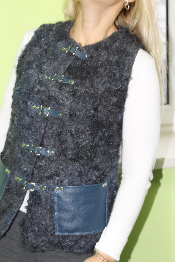 sleeveless art wearable waistcoat curls leather Grey vest gift women with felted jacket wool clothing organic aunt pockets felt wool Zf8qR4