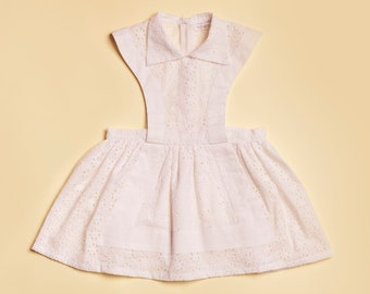 Dress / girl /broderie English / retro style / apron / perfect for ceremony / white / aged 3 to 9 years / registered TROISOEURS