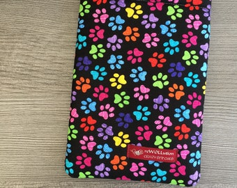 Paws Book Sleeve - Small - Book Sweater