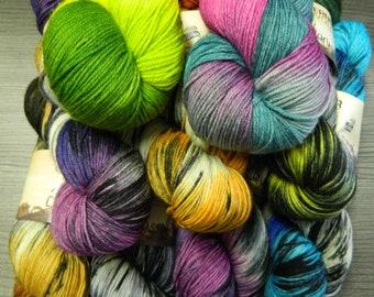 100g hand dyed sock wool - Summer Night's Vine - Carousel - Remote Wool