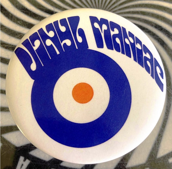 Vinyl Badge Maniac -Mod 56 mm