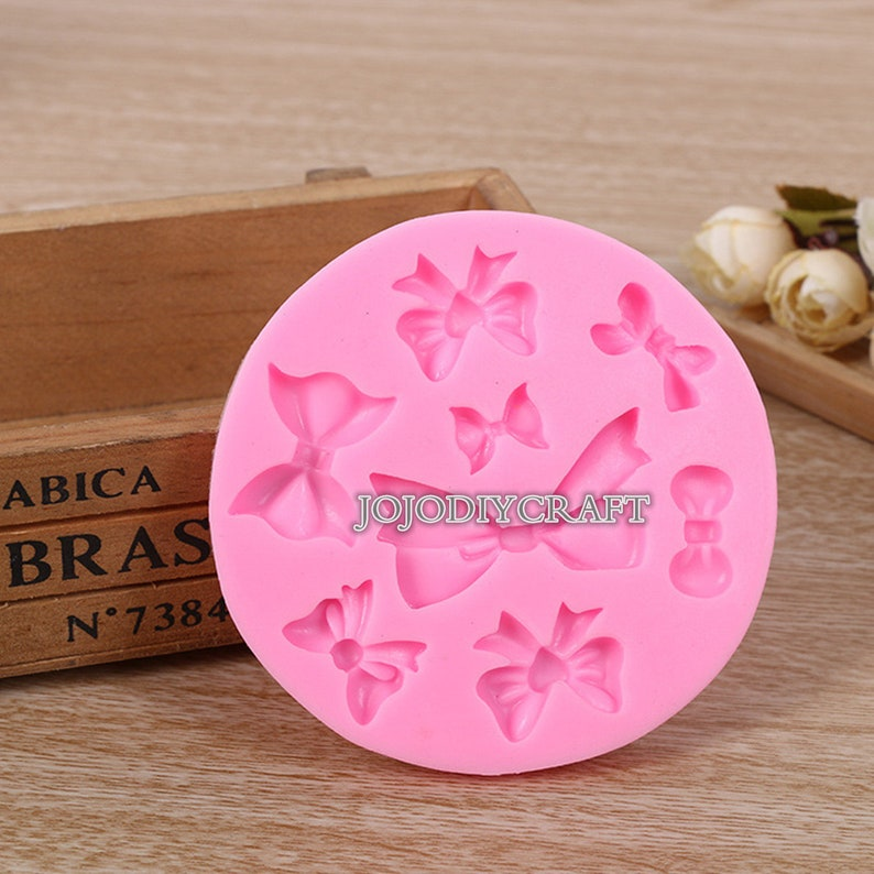 Cake Decoration Mold Silicone Candy Fondant Crafting Mould Heart Shape