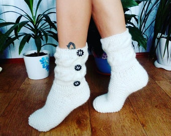 women's knitted socks