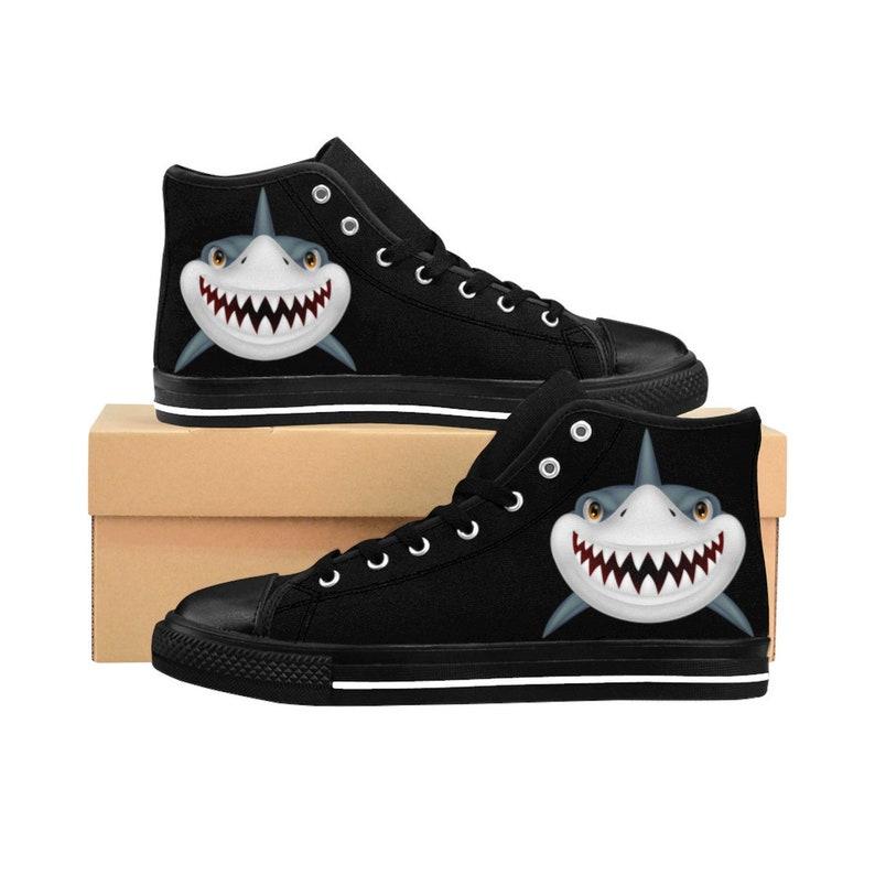 plus récent 8572e 3c6ed Chaussures de requin pour hommes, Shark Lovers Custom Shoes Shark Week,  Unique Cool Scary Shark, Sneakers High-top