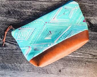 Makeup Bag   Cosmetic Bag   Zipper Pouch   Travel Bag   Vegan Leather   Teal Boho Print