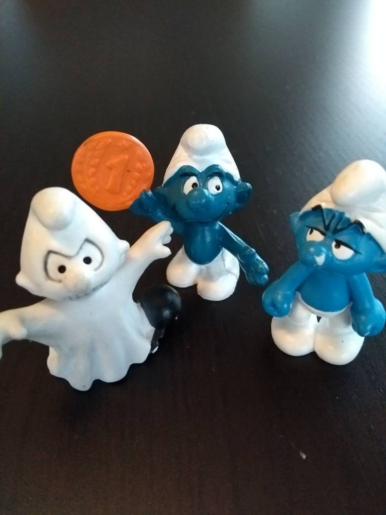 Vintage Toys - Smurfs - Figurines- Ghost, Grumpy, Gold Medalist - 1980s
