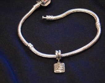 Sterling Silver Dangle Bead with Fern Leaf