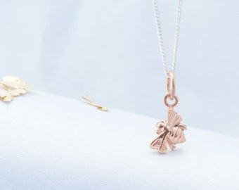 Bee Necklace rose gold, Delicate Bee necklace, Rose gold Bee Necklace, Bridesmaid jewellery, Birthday Gift,