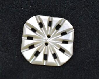 Square Pearl Button