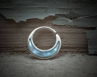 Sterling Silver Septum/Septum Ring/Mother of pearl/Mother of pearl Shell/Hoop Design/Nickel Free/1,2 cm Thickness/Nose Ring/Small Earring