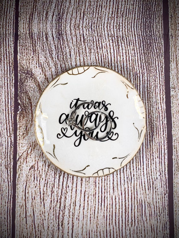 birthday gift Mother/'s Day gift graduation gift bridal gift Personalized ring dish trinket dish
