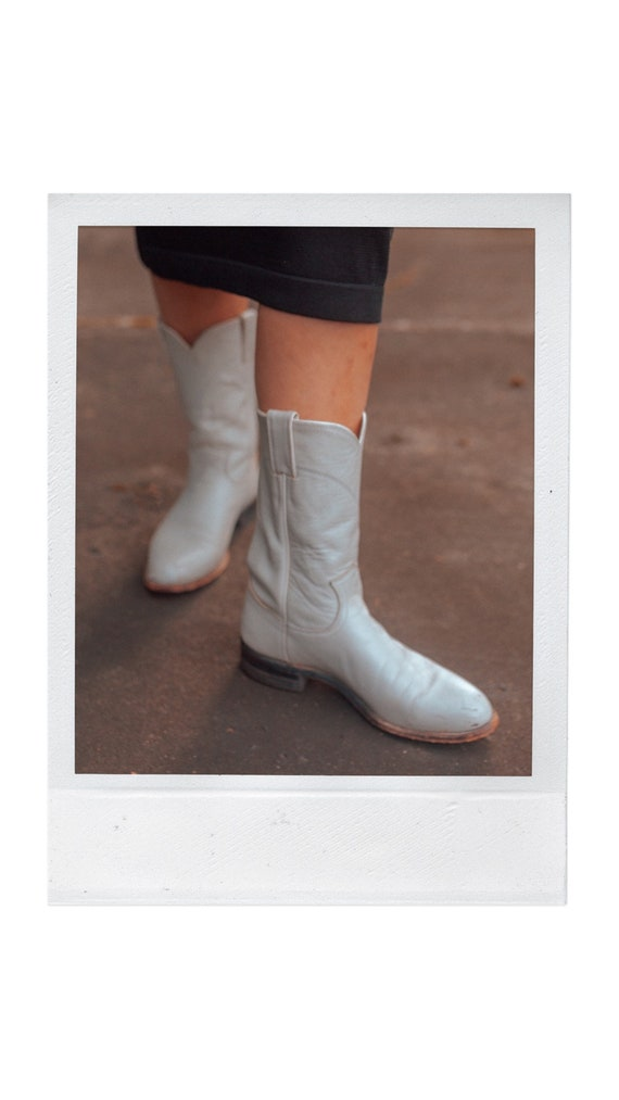White Justin Cowboy Western Boots || Urban Cowgirl