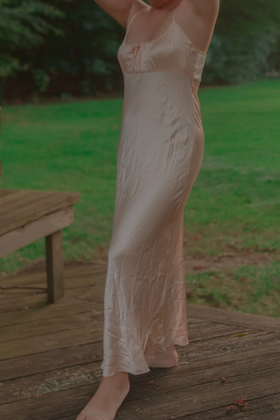 Vintage Bombshell Peach Maxi Slip Dress || Marilyn