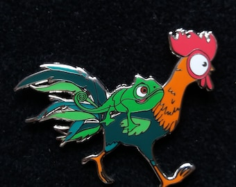 Pin Disney Fantasy - Hei Hei with Pascal from rapunzel  - Boom Fantasy Pins
