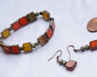 Natural colour set of jewelery, Set of glass beads jewelery, Square glass beads earrings and bracelet