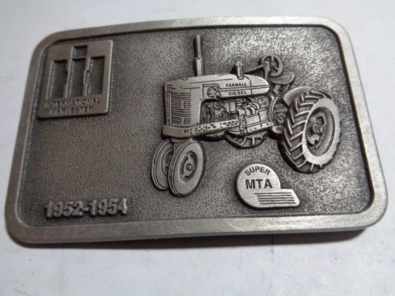 International Harvester Farmall Super H farm tractor Key Fob