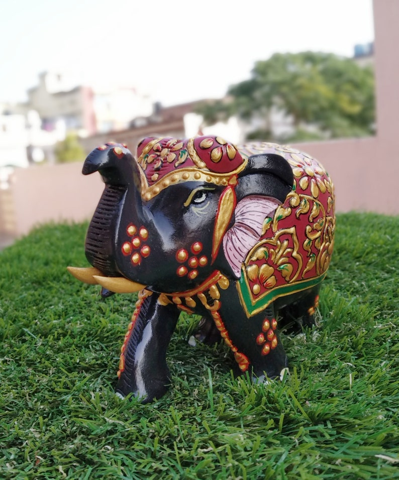 Bedroom L X W X H 14 X 7 X 10 CM Elephant With Trunk Up In Wooden Multi color Hand carved Gifts /& Animal Figurines Decor Living