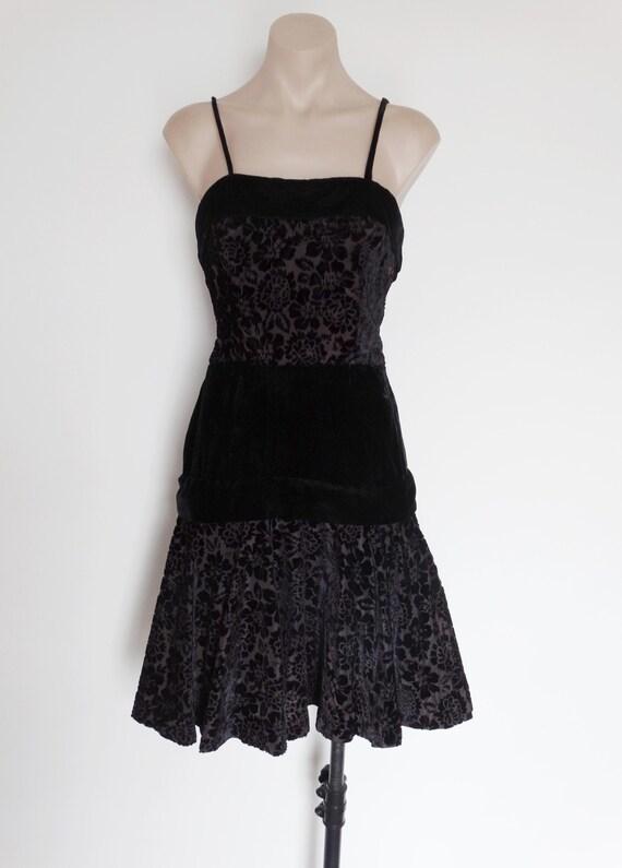Vintage VTG 60s Black Floral Burnout Velvet Party