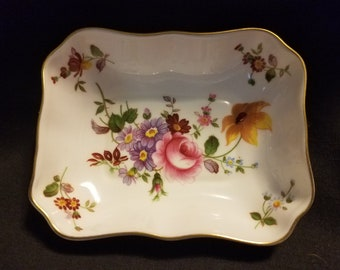 "Vintage ""DERBY POSIES"" Royal Crown Derby Bone China 1981"