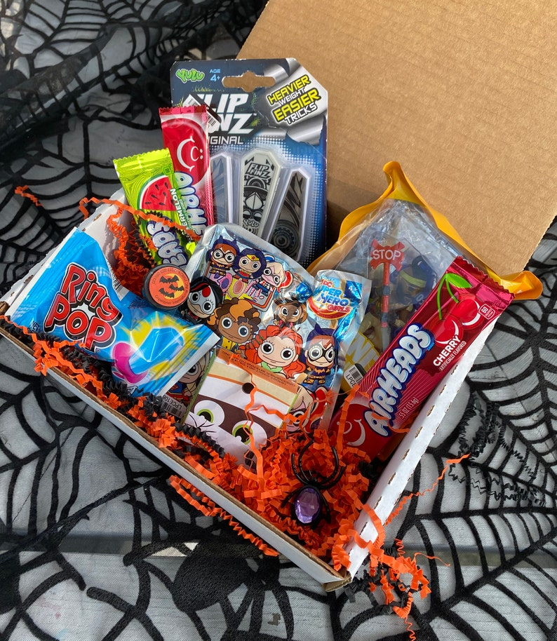 Halloween Spooky Surprise Gift Box