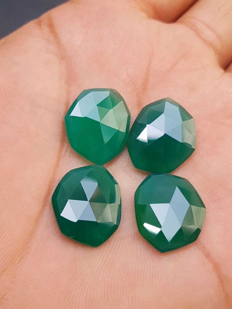 AAA Quality 19x15.5 MM C1656 Green Chalcedony Briolettes Natural Green Chalcedony Fancy Shape Faceted Briolettes Loose Gemstone